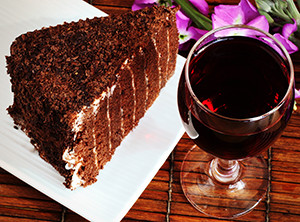 follow-phyllis-wine-and-cake-homepage