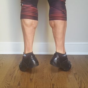 external rotation on toes calf raises
