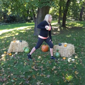 follow-phyllis-fall-fitness-tricep-kickbacks-2