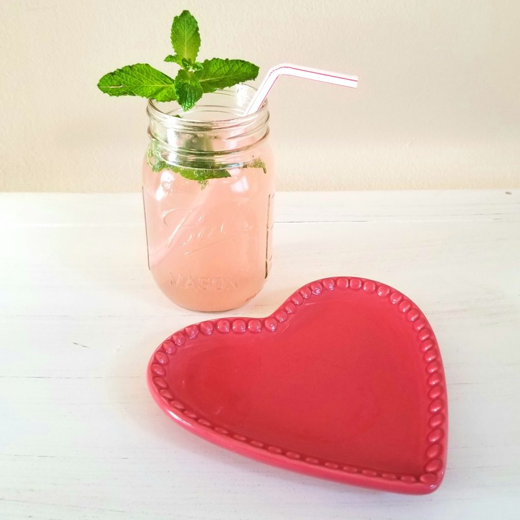 4 GUILTLESS VALENTINE'S Mint Grapegruit Mojito - followPhyllis