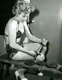 weightlifting old hollywood marilyn monroe - followPhyllis