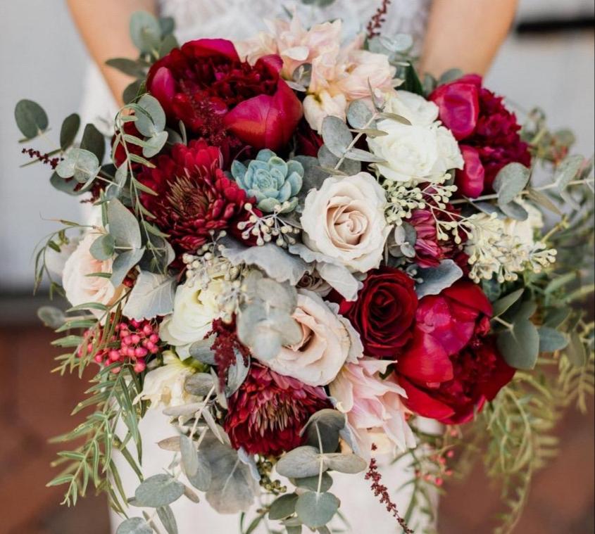 My daughter's wedding bouquet - followPhyllis