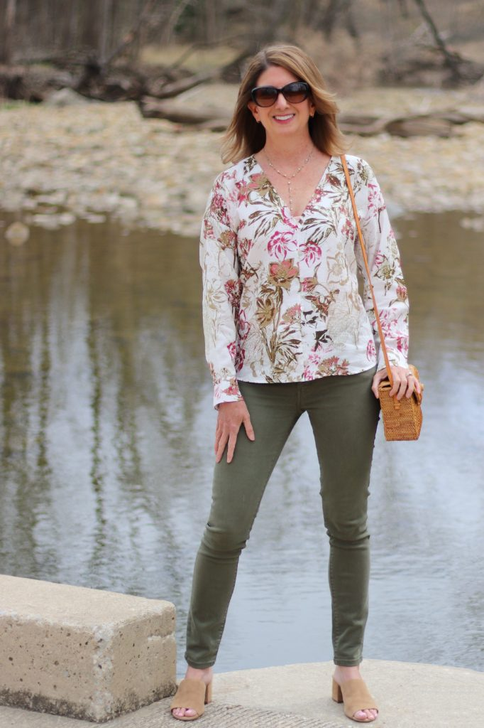 Betsy - Post 1, Florals (1)