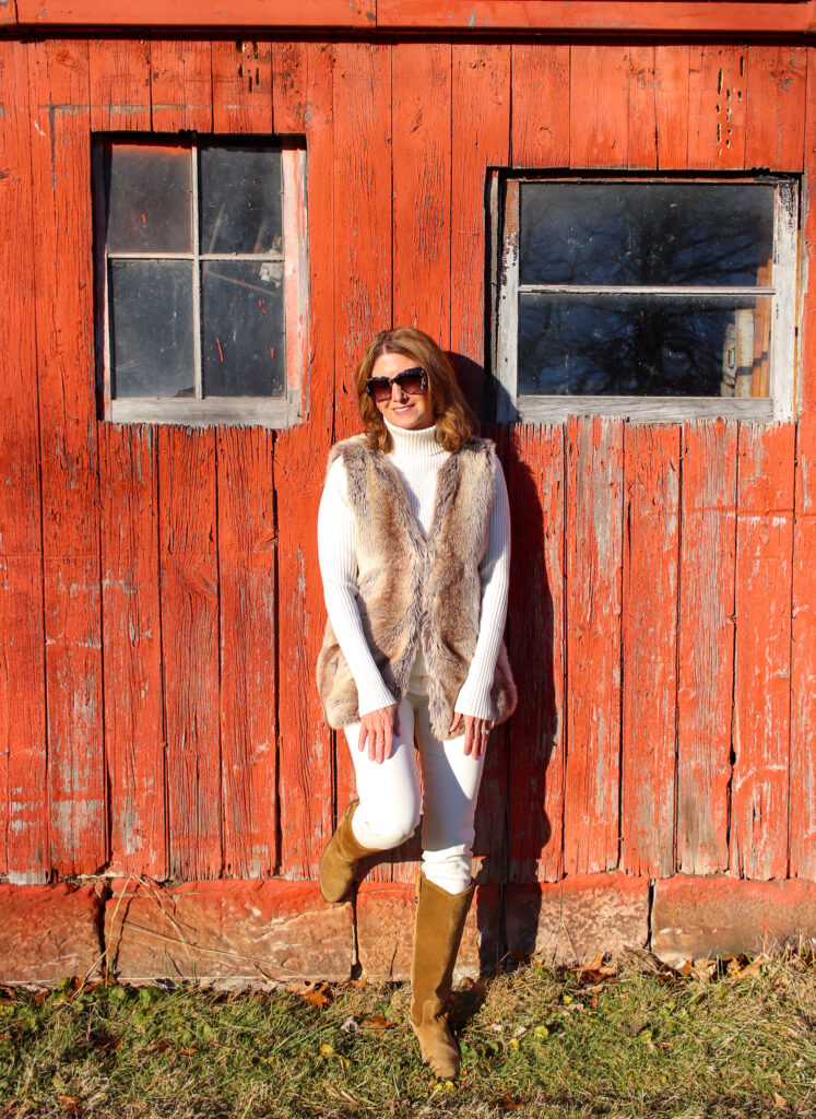 Winter Whites Betsy - followPhyllis